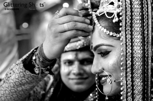 Emotions & Weddings Through Candid Photography